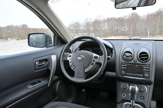 2015 Nissan Rogue Select S Naugatuck, Connecticut 4