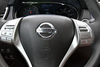 2015 Nissan Rogue SL Waterbury, Connecticut 32