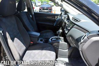 2015 Nissan Rogue SV Waterbury, Connecticut 15