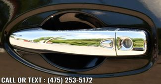 2015 Nissan Rogue SV Waterbury, Connecticut 8
