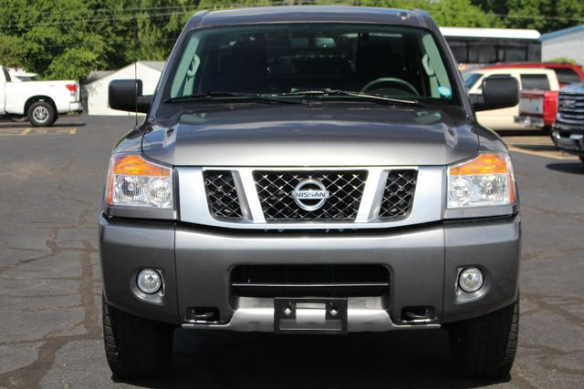 2015 Nissan Titan PRO-4X Crew Cab 4x4 - REARVIEW CAMERA - BEDLINER! Mooresville , NC 15