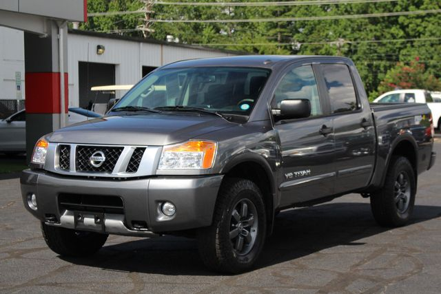 2015 Nissan Titan PRO-4X Crew Cab 4x4 - REARVIEW CAMERA - BEDLINER! Mooresville , NC 22