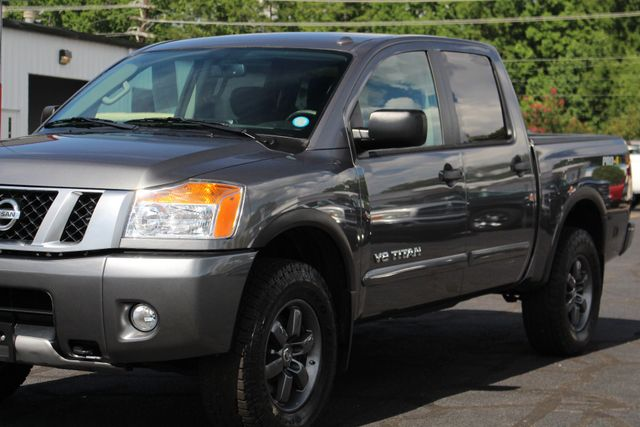 2015 Nissan Titan PRO-4X Crew Cab 4x4 - REARVIEW CAMERA - BEDLINER! Mooresville , NC 26
