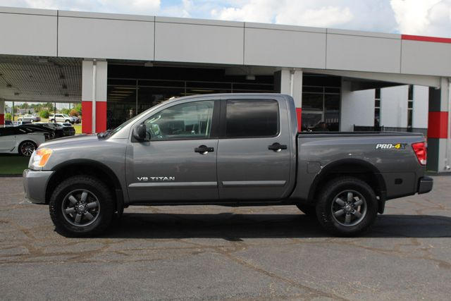 2015 Nissan Titan PRO-4X Crew Cab 4x4 - REARVIEW CAMERA - BEDLINER! Mooresville , NC 14