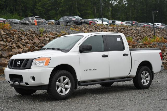 2015 Nissan Titan Naugatuck, Connecticut