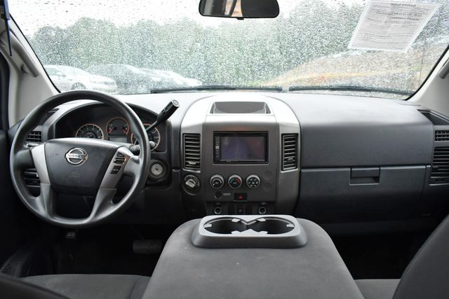 2015 Nissan Titan Naugatuck, Connecticut 2