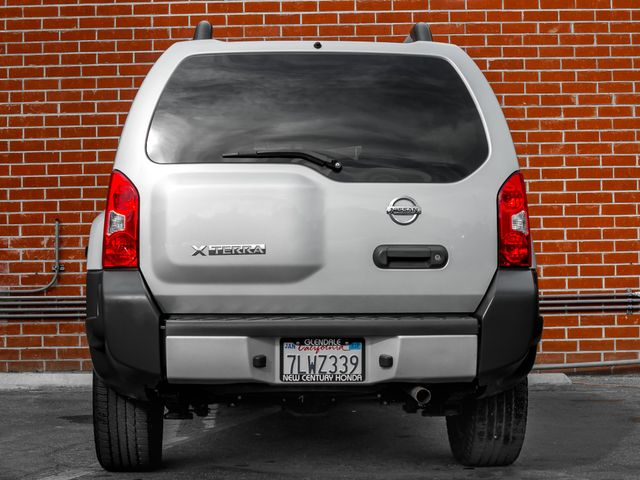 2015 Nissan Xterra X Burbank, CA 3