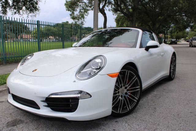 2015 Porsche 911 4S