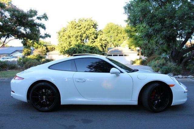 2015 Porsche 911 CARRERA 4 1-OWNER 22K MLS NAVIGATION XLNT CONDITION in Van Nuys, CA 91406