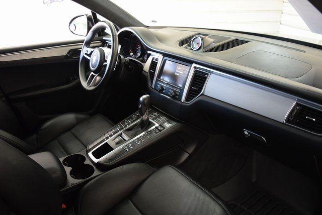 2015 Porsche Macan Turbo in McKinney Texas, 75070