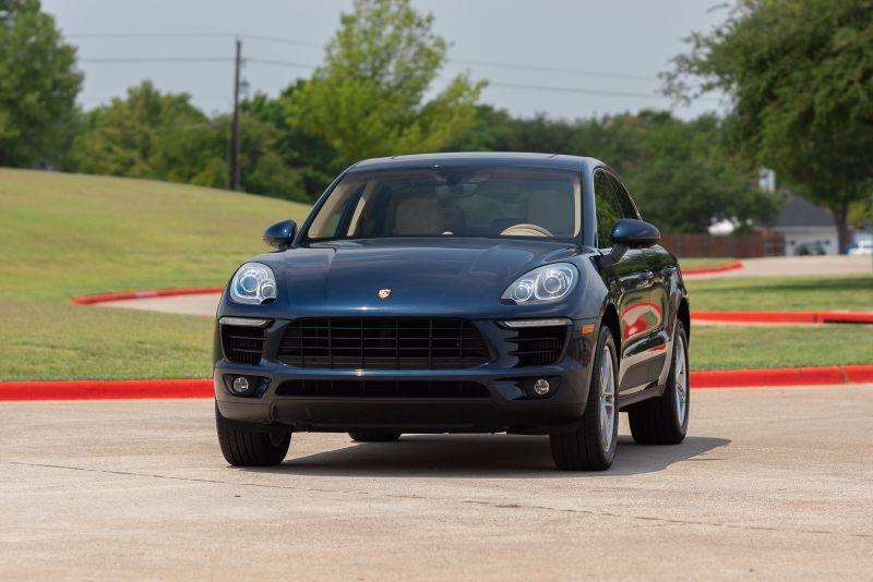 2015 Porsche Macan S VERY NICE CLEAN CARFAX in Rowlett, Texas