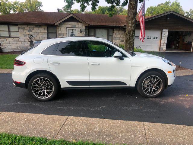 2015 Porsche Macan S in Valley Park, Missouri 63088