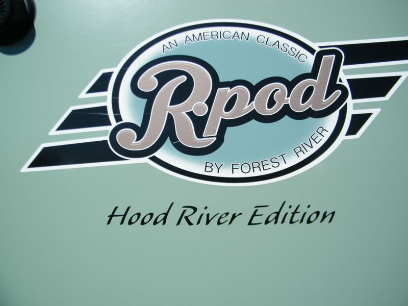 2015 R-Pod 178 Hood River  in Surprise, AZ