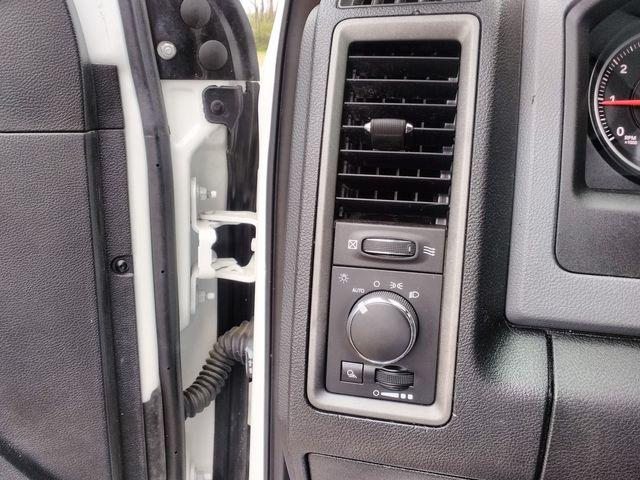 2015 Ram 1500 Crew Cab 4x4 Houston, Mississippi 16