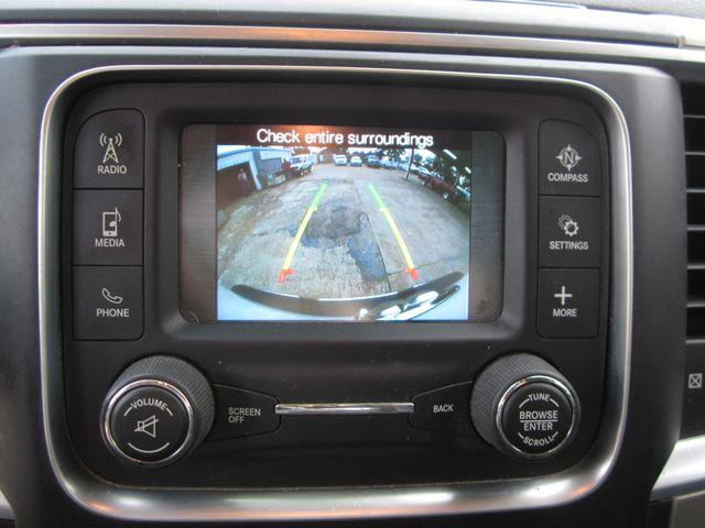 2015 Ram 1500 SLT Quad Cab 4x4 Houston, Mississippi 17