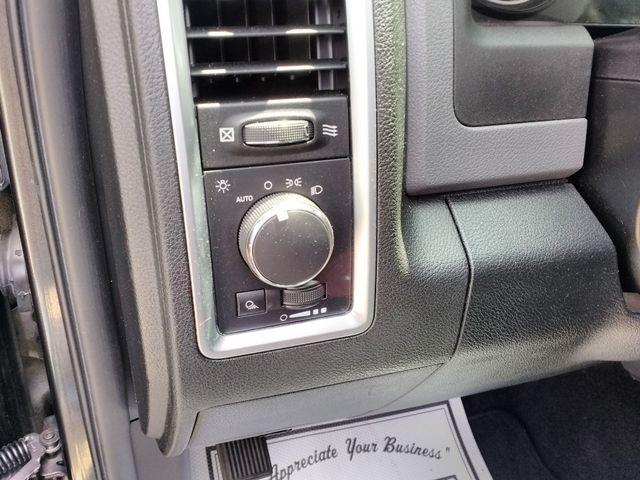 2015 Ram 1500 Quad Cab SLT Houston, Mississippi 16