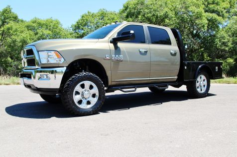 2015 Ram 2500 SLT - 4x4 - 6 SPEED - LOW MILES in Liberty Hill , TX
