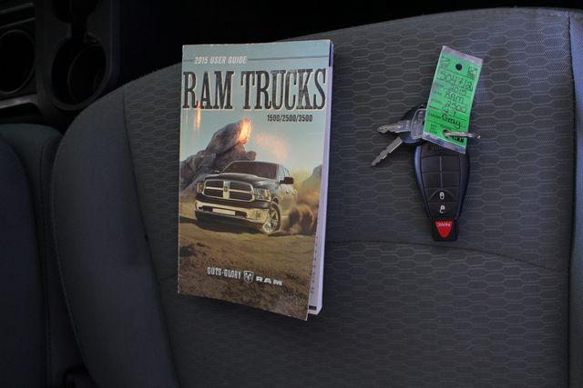 2015 Ram 2500 Crew Cab 4x4 - BLUETOOTH - FIBERGLASS TOPPER! Mooresville , NC 18