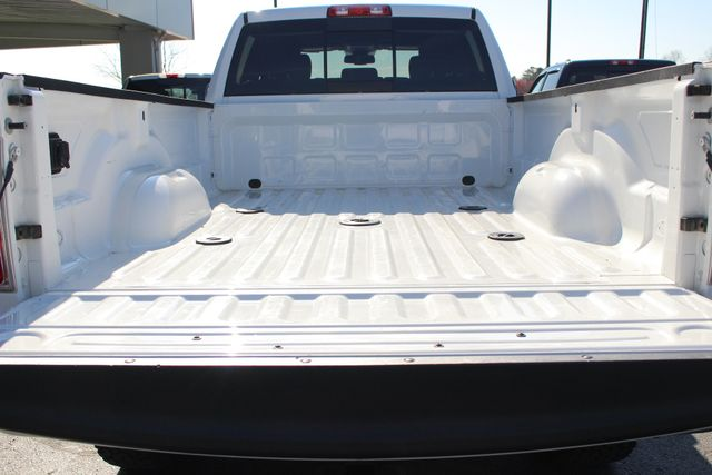 2015 Ram 3500 Laramie Crew Cab Long Bed 4x4 - LIFTED - 6SP! Mooresville , NC 17