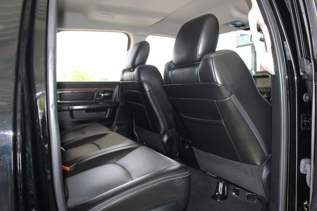 "2015 Ram 3500 Laramie MEGA Cab 4x4 - NAV - 20"" WHEELS! Mooresville , NC 43"