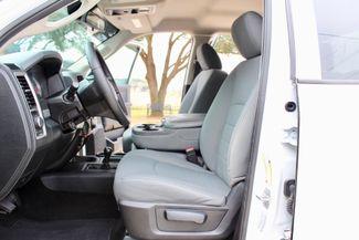2015 Ram 3500 DRW Tradesman Crew Cab 4x4 6.7L Cummins Diesel 6 Speed Auto Sealy, Texas 33