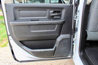 2015 Ram 3500 DRW Tradesman Crew Cab 4x4 6.7L Cummins Diesel 6 Speed Auto Sealy, Texas 40
