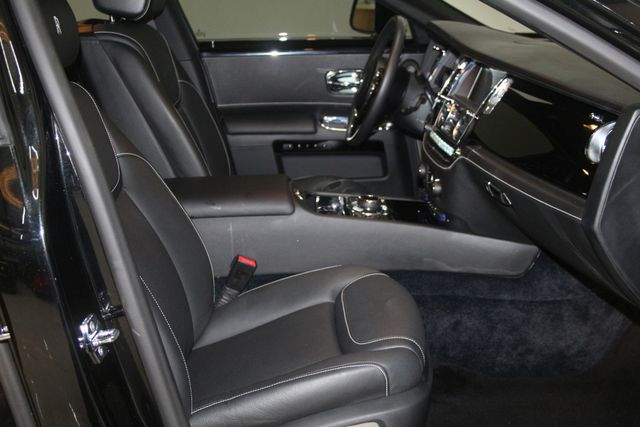 2015 Rolls-Royce Ghost Houston, Texas 19