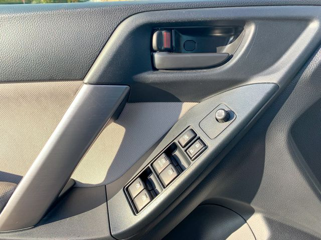 2015 Subaru Forester 2.5i Premium 6 mo 6000 warranty Maple Grove, Minnesota 14