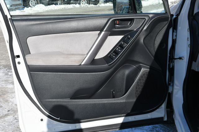 2015 Subaru Forester 2.5i Naugatuck, Connecticut 17