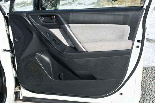 2015 Subaru Forester 2.5i Naugatuck, Connecticut 10