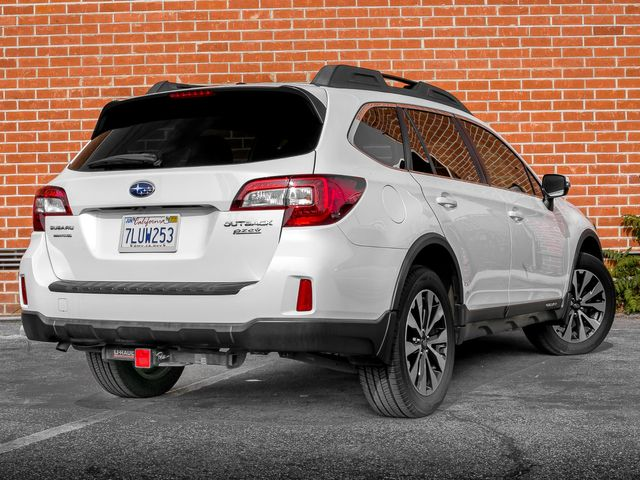 2015 Subaru Outback 2.5i Limited Burbank, CA 5