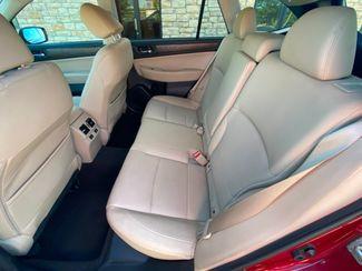 2015 Subaru Outback 2.5i Limited Farmington, MN 6