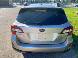 2015 Subaru Outback 2.5i Limited Farmington, MN 2