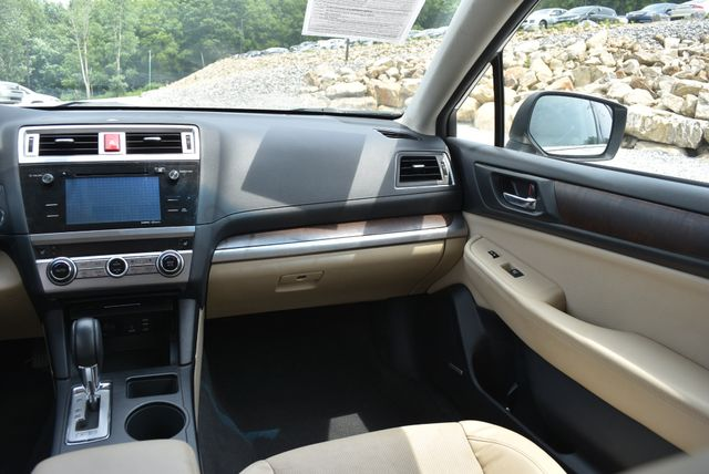 2015 Subaru Outback 2.5i Limited Naugatuck, Connecticut 15
