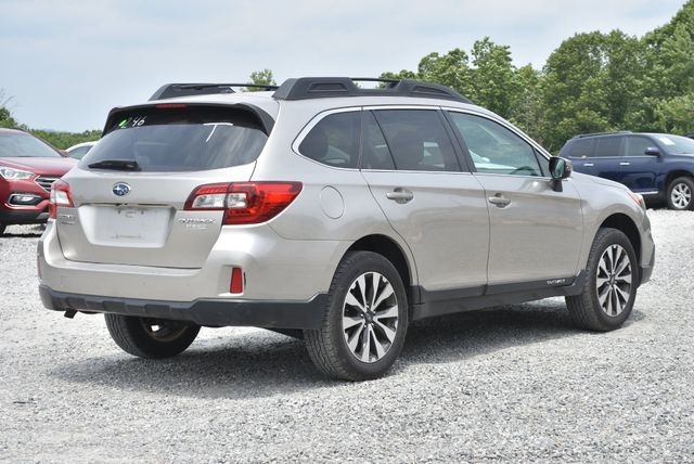 2015 Subaru Outback 2.5i Limited Naugatuck, Connecticut 4