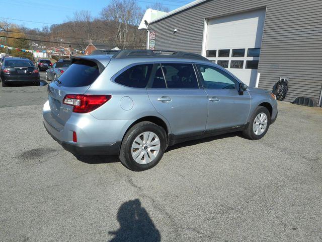 2015 Subaru Outback 2.5i Premium New Windsor, New York 1