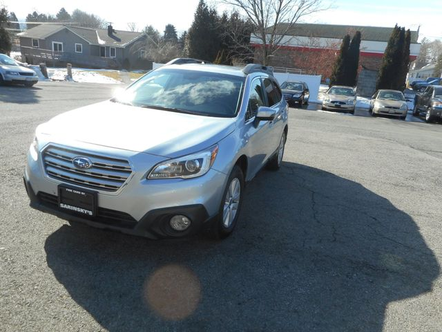 2015 Subaru Outback 2.5i Premium New Windsor, New York 12