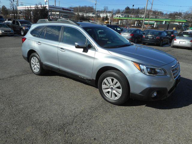 2015 Subaru Outback 2.5i Premium New Windsor, New York 2