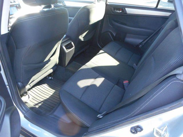 2015 Subaru Outback 2.5i Premium New Windsor, New York 21