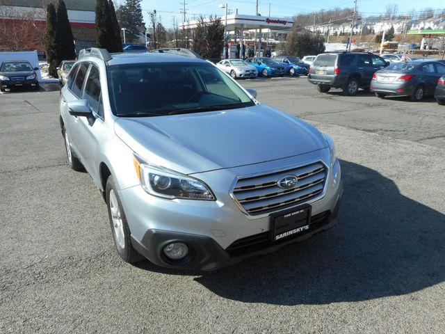 2015 Subaru Outback 2.5i Premium New Windsor, New York 3