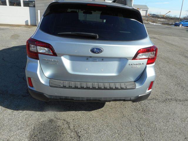 2015 Subaru Outback 2.5i Premium New Windsor, New York 6