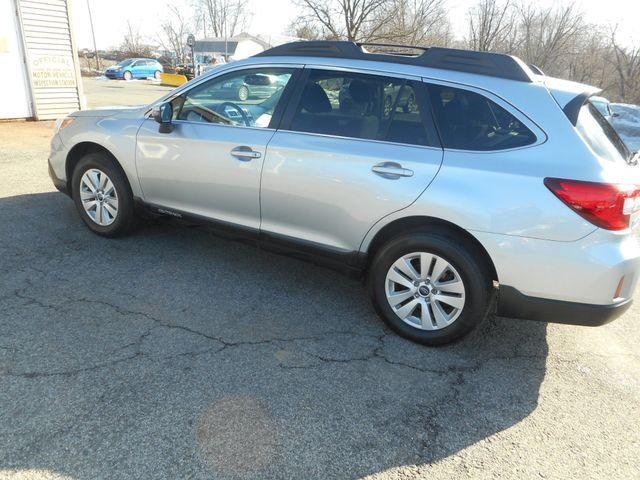 2015 Subaru Outback 2.5i Premium New Windsor, New York 9