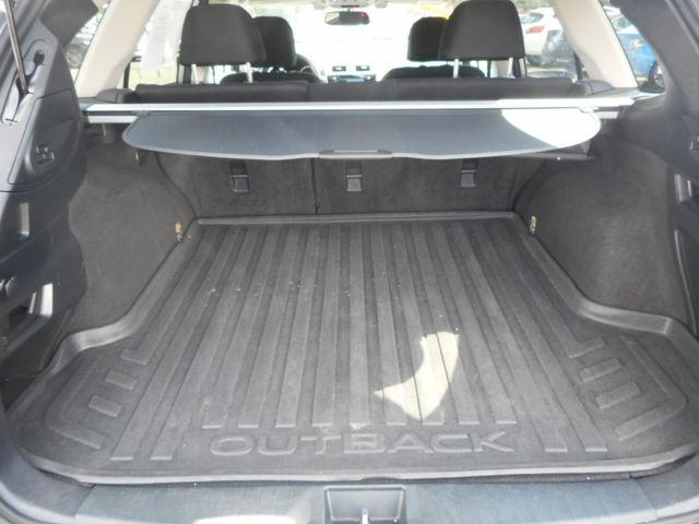 2015 Subaru Outback 2.5i Premium New Windsor, New York 38