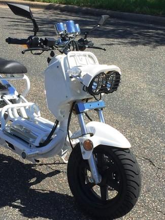 2015 Tao Tao Cruiser  49cc Moped Blaine, Minnesota 1