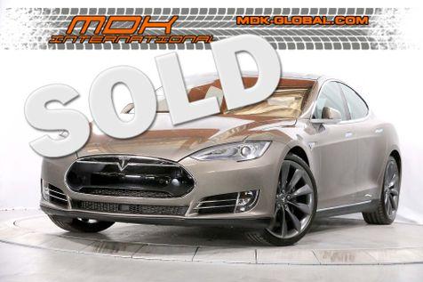 2015 Tesla Model S 70D - 21