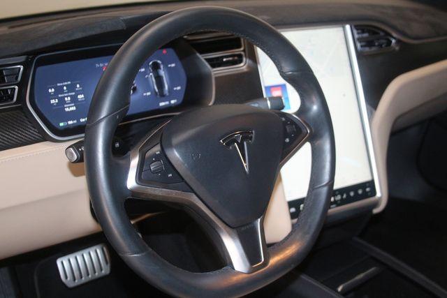 2015 Tesla Model S P90D Houston, Texas 32