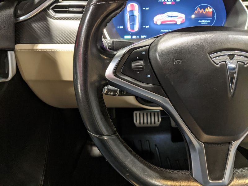 2015 Tesla Model S P90D  Lake Forest IL  Executive Motor Carz  in Lake Forest, IL