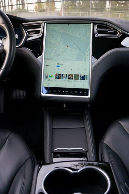 "2015 Tesla Model S 70D - AUTOPILOT - 21"" WHEELS - PREMIUM SOUND Reseda, CA 25"
