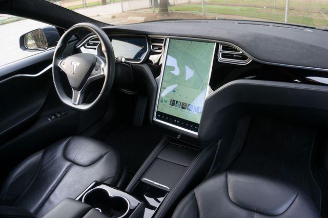 "2015 Tesla Model S 70D - AUTOPILOT - 21"" WHEELS - PREMIUM SOUND Reseda, CA 34"
