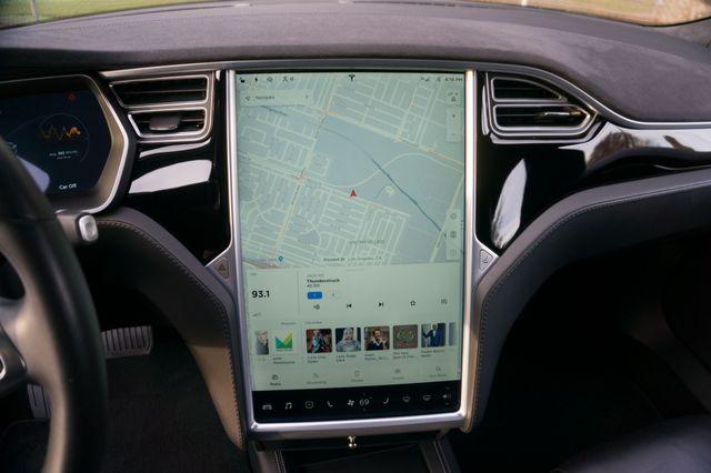 "2015 Tesla Model S 70D - AUTOPILOT - 21"" WHEELS - PREMIUM SOUND Reseda, CA 26"